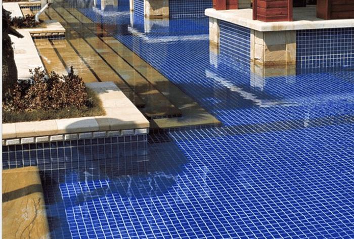 Gạch mosaic thủy tinh- gạch mosaic hồ bơi