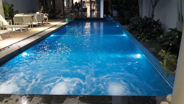 Xây hồ bơi kinh doanh