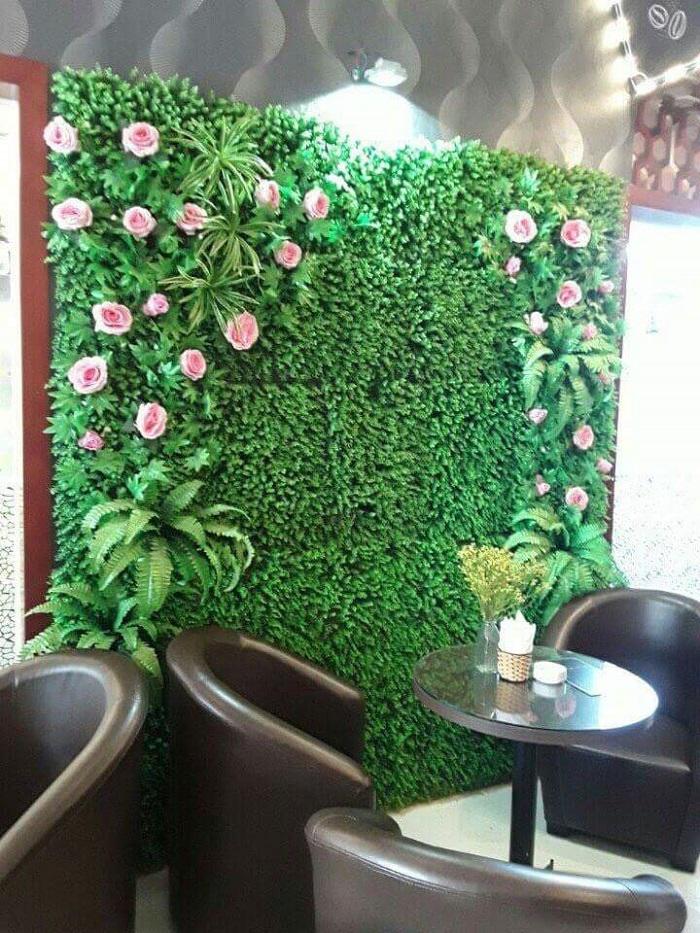 Thiết kế và thi công tường tường cây giả giá rẻ