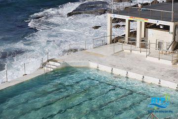 Hồ bơi nước mặn ở Sydney, Australia